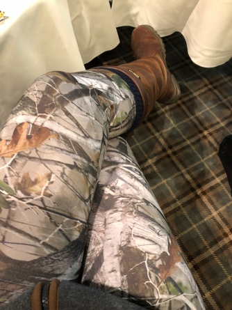 In love with my realtree leggings.